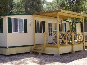 Mobile Homes Camping Biograd, Villaggi turistici  Biograd na Moru - big - 32