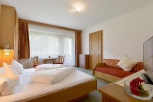 Gästehaus Ahornblick - Accommodation - Mayrhofen