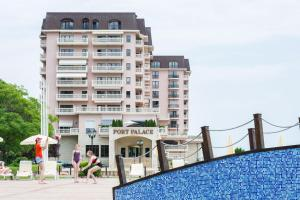 . Port Palace Apartments