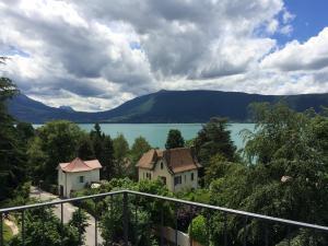 Appartement Bel Azur - Apartment - Veyrier-du-Lac