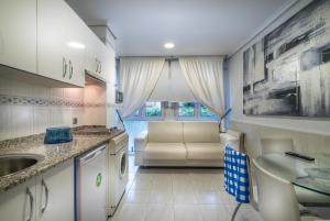 Apartamentos Las Brisas.  Mynd 5