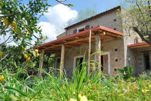Al Melograno B&B, Bed & Breakfasts  Belmonte Calabro - big - 22