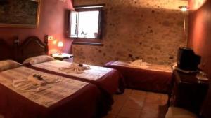 Allotjaments Rurals Can Pere Petit, Apartmanok  Santa Pau - big - 4