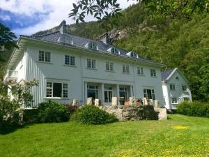 Rjukan Admini Hotel, Hotels - Rjukan