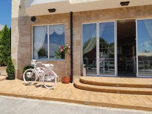Family Hotel Provence, Hotely  Aheloy - big - 32
