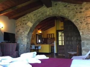 Mas Pardas, Ferienhäuser  Santa Pau - big - 8