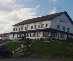 Hostels und Jugendherbergen - Pasul Tihuta Cota 1201