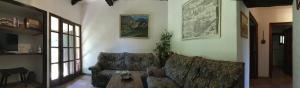 Mas Pardas, Ferienhäuser  Santa Pau - big - 49