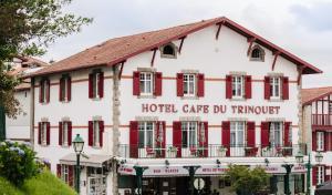 Location gîte, chambres d'hotes Hotel-Café du Trinquet dans le département Pyrénées Atlantiques 64