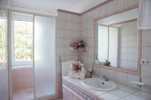 Villa Grande - Apartmány, Apartmány  Olomouc - big - 14