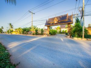 Baan Suan Rim Nam Resort - Ban Tha Kham