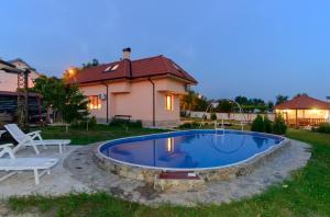 Guesthouse Ana-Val, Dovolenkové domy  Sandanski - big - 43