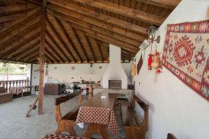 Guesthouse Ana-Val, Dovolenkové domy  Sandanski - big - 39