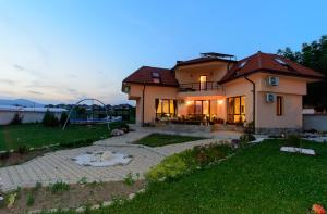 Guesthouse Ana-Val, Dovolenkové domy  Sandanski - big - 24