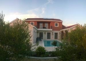 Villa Pamaroka - Donje Polje