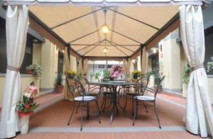 Hotel Residence La Contessina, Aparthotels  Florenz - big - 135