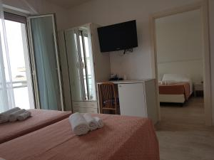 Hotel Sorriso, Отели  Милано-Мариттима - big - 78