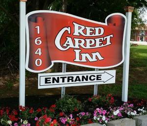 Red Carpet Inn - Louisville