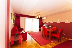 Thorina Apartments