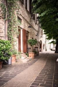 La piazzetta delle erbe - AbcAlberghi.com