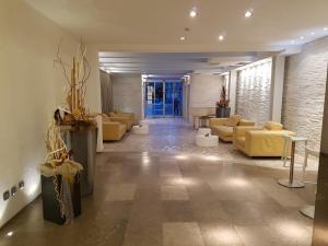 Hotel Sorriso, Отели  Милано-Мариттима - big - 32