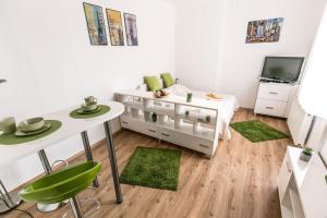 BPR - Balzac Apartment