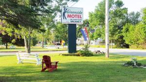 __{offers.Best_flights}__ Greenside Motel