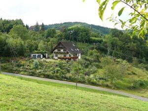 Ferienwohnung Hügelgarten - Kutt