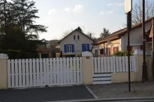 Weckerlin, Holiday homes  Sarliac-sur-l'Isle - big - 1