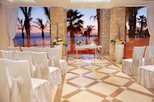 Alexander The Great Beach Hotel, Szállodák  Páfosz - big - 40