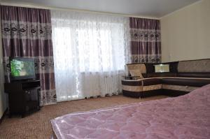 Apartament na 8-e Marta 4, Ferienwohnungen  Tashtagol - big - 11