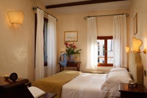 Pensione Accademia - Villa Maravege (11 of 63)