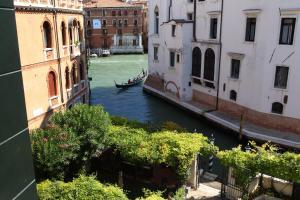 Pensione Accademia - Villa Maravege (4 of 63)