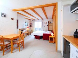 Apartment Régina B5, Appartamenti  Arveyes - big - 12