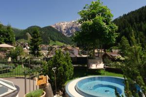 Hotel Chalet S Dolomites - Selva di Val Gardena