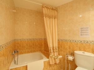 Apartment Palmiers 01.7, Apartmány  Llança - big - 9
