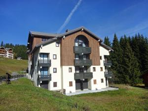 apartment-combes-blanche-1-2.8