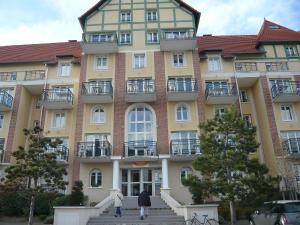 Apartment Port Guillaume.8, Apartmanok  Dives-sur-Mer - big - 10
