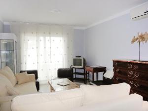 Apartment Cau del Llop, Ferienwohnungen  Llança - big - 2