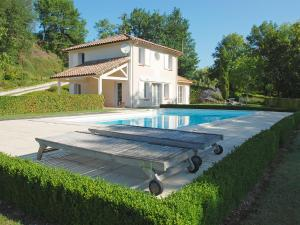 Holiday Home Lapeyriere