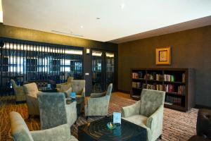 Grand Aston City Hall Hotel & Serviced Residences, Aparthotels  Medan - big - 13