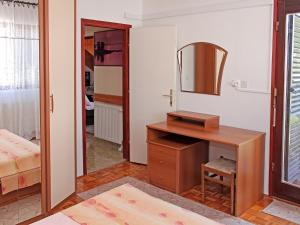 Apartment Rozalija.2, Ferienwohnungen  Vir - big - 21