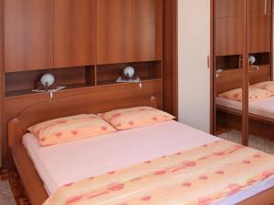 Apartment Rozalija.2, Ferienwohnungen  Vir - big - 22
