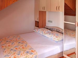 Apartment Rozalija.2, Ferienwohnungen  Vir - big - 16