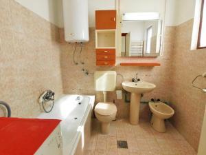 Apartment Rozalija.2, Ferienwohnungen  Vir - big - 3