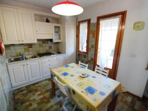 Locazione turistica Villa Quercia, Dovolenkové domy  Lignano Sabbiadoro - big - 5