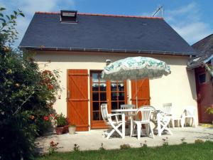 Holiday Home Meigne le Vicomte
