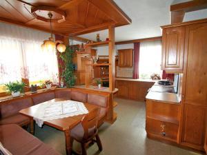 Holiday Home Riedl, Ferienhäuser  Preitenegg - big - 8