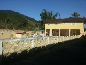 Condomínio em Ubatuba, Дома для отпуска  Убатуба - big - 7