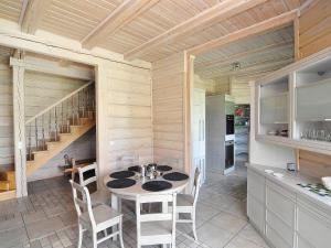 Holiday Home Drewniany z bala1